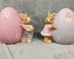 0008 Couple lapin/œuf