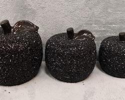 Article 0019 3pommes noires