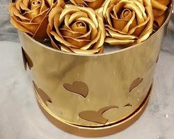 Article 0055 Boite à fleurs dorée