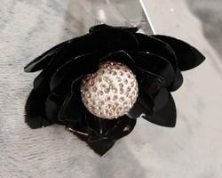 Article 0027 fleur noire métallique