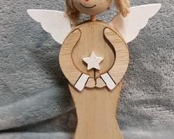 Article 0025 Ange en bois