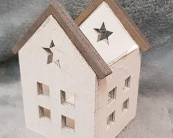 Article 0153 Maisonnette en bois