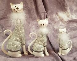 Article 0003 Les 3 chats argentés